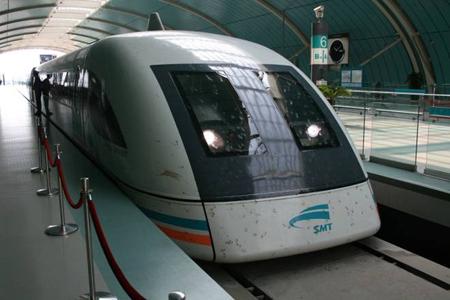 Nhờ công nghệ Velaro của hãng Siemens, tàu cao tốc