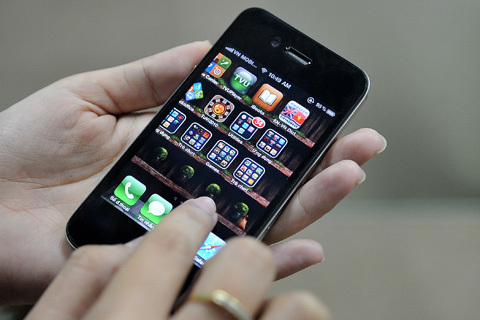 Viettel cung cấp cả phiên bản quốc tế cho Iphone 4. Ảnh: Hoàng Hà