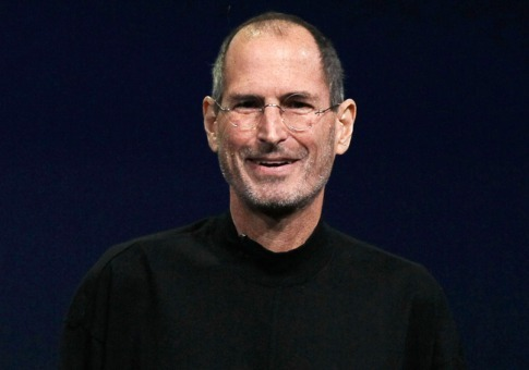 CEO Steve Jobs của Apple