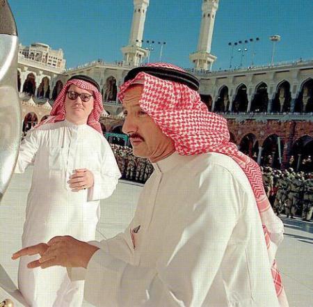 Được thành lập bởi Mohammed Bin Ladin, tập đoàn này hiện sở hữu các công ty xây dựng lớn nhất ẢRập XêÚt với hàng chục ngàn nhân viên làm việc. Giá trị ròng của doanh nghiệp Bin Ladin đạt 7,2 tỷ USD và đây cũng chính là đại gia đình của trùm khủng bố lẫy lừng danh tiếng thế giới  Osamar Bin Laden. Một số công trình trong tương lai do doanh nghiệp triển khai xây dựng như tháp Anh quốc, tháp Jeddah đang được kỳ vọng sẽ trở thành những tòa nhà lớn nhất thế giới. Ảnh: Richlist.arabianbusiness.com.