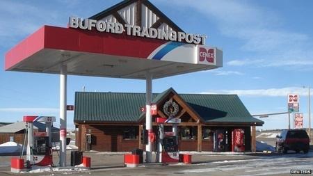 Trạm xăng tại thị trấn Buford. Ảnh: BBC