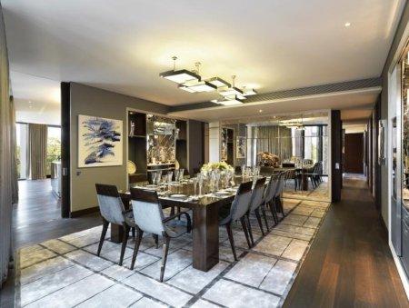 Toàn bộ nội thất căn hộ do hãng thiết kế Candy & Candy danh tiếng đảm nhiệm. Đây là thương hiệu nổi tiếng nhất London chuyên sở hữu những mẫu nội thất độc quyền.