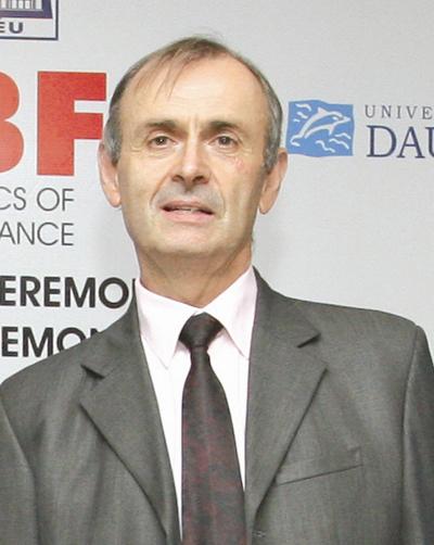 Giáo sư, tiến sĩ Joel Métais (Paris Dauphine), Đồng giám đốc chương trình Thạc sỹ Tài chính MEBF của CFVG).