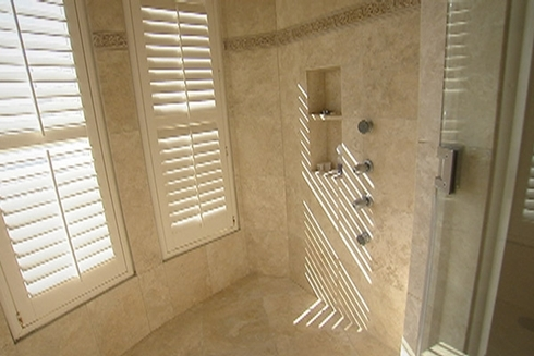high-tech-security-shower-528919-1370890