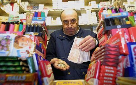 Nhiều người Hy Lạp không muốn có đồng tiền mới. Ảnh: