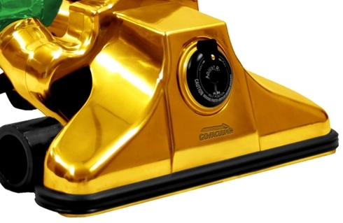 gold-plated-vacuum-cleaner-1-thumb-550x3