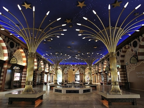 dubai mall 11 1367517724 500x0 Dubai Mall   Trung tâm mua sắm lớn nhất thế giới