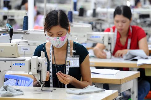 Lao động Việt Nam bị cho là yếu nhiều kỹ năng mềm. Ảnh: Hoàng Hà
