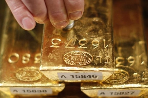 bundes bank gold 490 1367510218 500x0 Đâu là những mối ngờ vực sau quyết định hồi hương 674 tấn vàng?