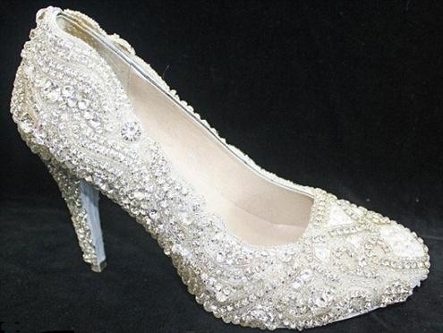 Những đôi giày tiền tỷ đắt giá nhất thế giới