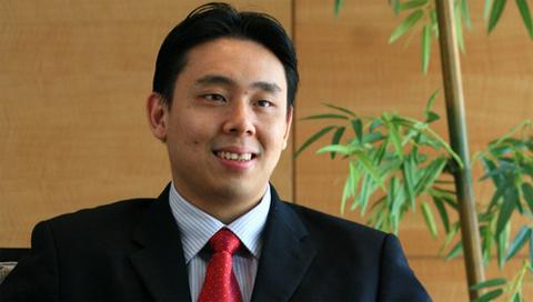 Adam Khoo.