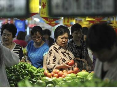 China-consumers-AP-1371034830_500x0.jpg