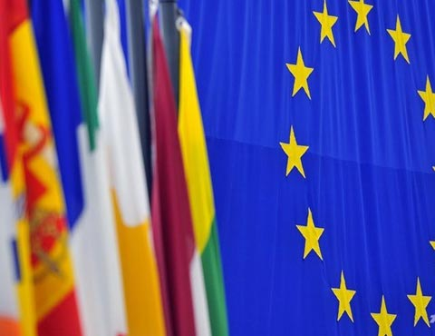 EU-flag-2-1377596369.jpg