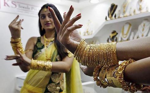gold-india-8915-1383699839.jpg