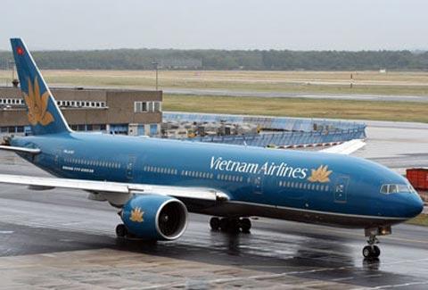 Hành khách mắc kẹt vì mua phải vé máy bay overbook