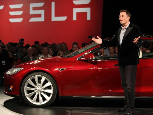 musk 4925 1393487949 Tỷ phú xe điện Elon Musk có thêm tỷ USD trong một ngày