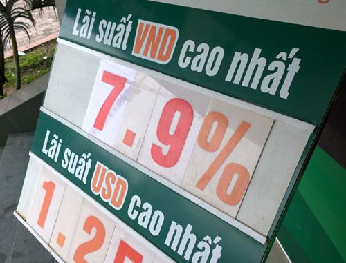 Trần lãi suất tiết kiệm sẽ giảm còn 6%
