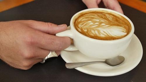 Caffe-Latte-Coffee-5312-1397645300.jpg