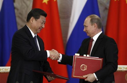 Nga, Trung ký hợp đồng hơn 400 tỷ USD