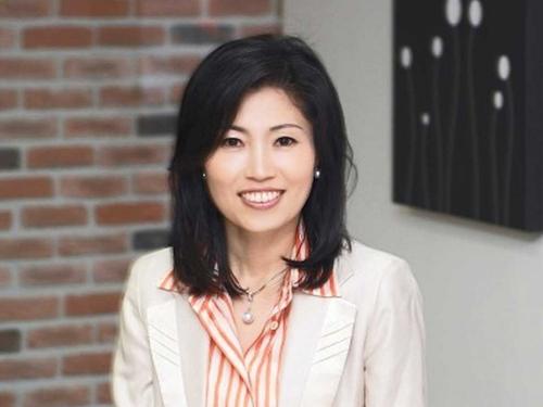 romi haan 5379 1401965796 Nữ CEO quyền lực nhất Hàn Quốc từng phải thế chấp 3 căn nhà
