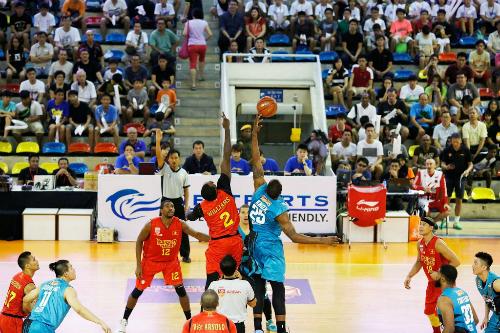 Đội bóng rổ Saigon Heat ăn nên làm ra