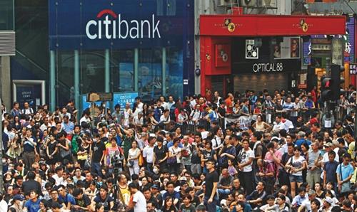 Biểu tình tại Hong Kong gây tổn thất cho kinh tế toàn cầu