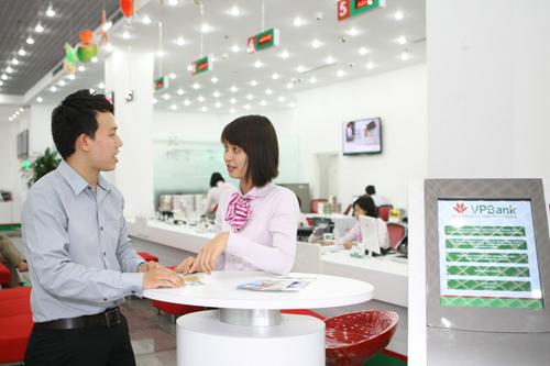 VPBank ưu đãi khách đăng ký mở thẻ