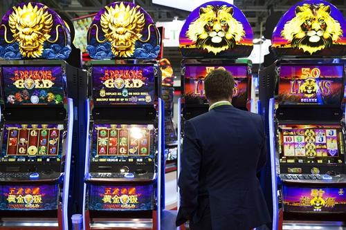 Doanh thu casino Macau thấp nhất mọi thời đại