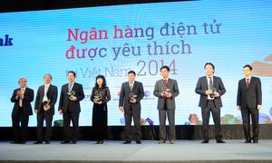 Hội đồng chuyên môn nhận kỷ niệm chương của chương trình