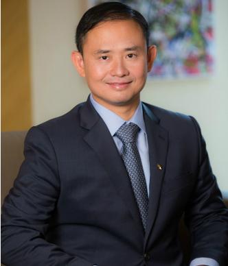 Ông Trần Nhất Minh (Ủy viên HĐQT, phó TGĐ ngân hàng VIB) - Lãnh đạo Công nghệ thông tin xuất sắc khu vực Đông Nam Á năm 2014