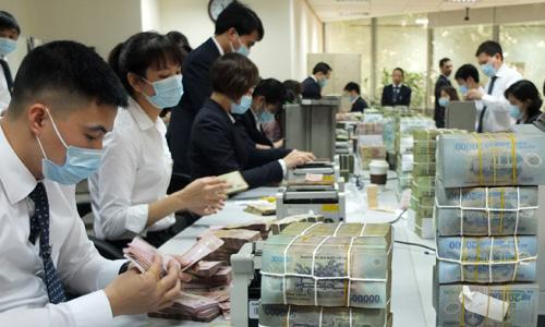 nhan-vien-ngan-hang-1648-1417579365.jpg