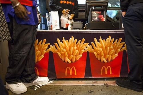 McDonald kinh doanh sa sút nhất 13 năm qua