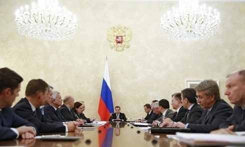 Phép thử tiền tệ với Nga