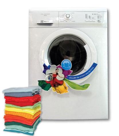Máy giặt với thiết kế cửa trước tiện lợi, thiết kế sang trọng bằng chất liệu cao cấp, sơn chống bám bụi, khả năng giặt đến 6.5kg và chương trình giặt đa dạng, giá chỉ còn 6.690.000 đồng.