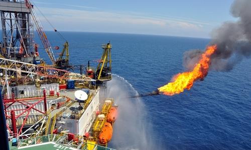Nguồn thu từ dầu thô giảm 20%