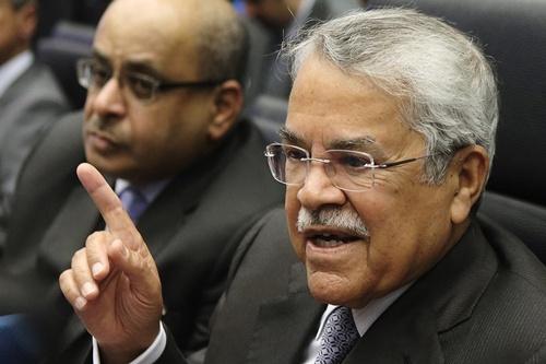 Ảrập Xêút: 'Đừng đổ lỗi giá dầu giảm cho chúng tôi'