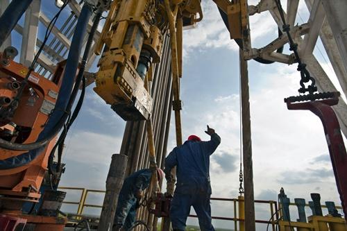 oil-3281-1426577536.jpg