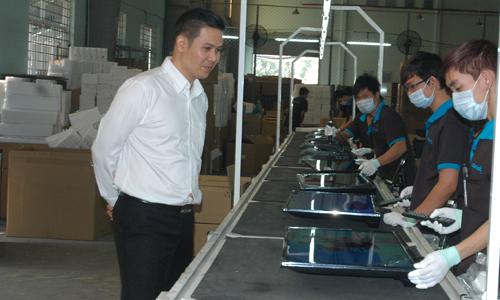Ông chủ hãng TV Việt Nam khởi nghiệp từ buôn link kiện điện tử