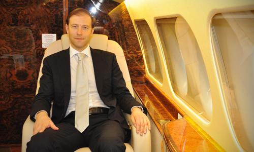 Bộ trưởng Nga: 'Chúng tôi không chỉ muốn bán máy bay cho Việt Nam'