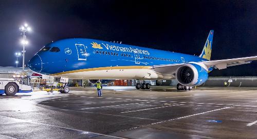 Việt Nam sắp nhận máy bay Boeing 787 đầu tiên