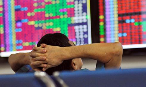 Cổ phiếu bị bán mạnh, Vn-Index xuống thấp nhất 5 tháng