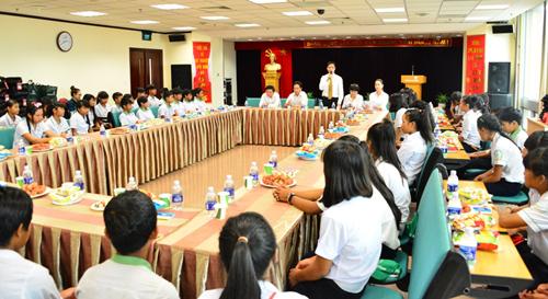 Buổi gặp mặt diễn ra tại trụ sở của Vietcombank ở Hà Nội.