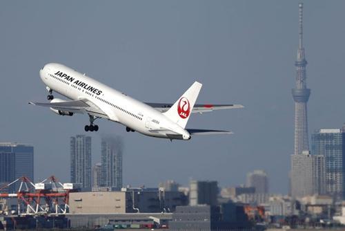 JAL-3054-1434102280.jpg