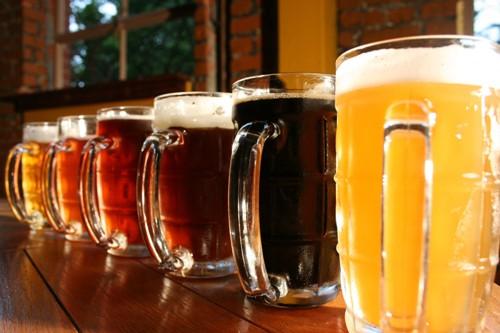Bia là ngành công nghiệp nhiều triển vọng phát triển tại Việt Nam trong thời gian tới. Ảnh Saigoneer