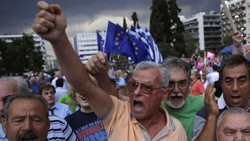 Tài chính châu Âu hỗn loạn nếu Hy Lạp từ chối thắt chặt
