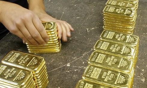 Giá vàng tăng nhẹ nhờ tin lãi suất Mỹ