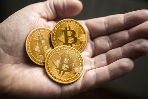 bitcoin2-4101-1438592127.jpg