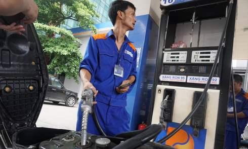Giá xăng giảm xuống dưới 20.000 đồng một lít