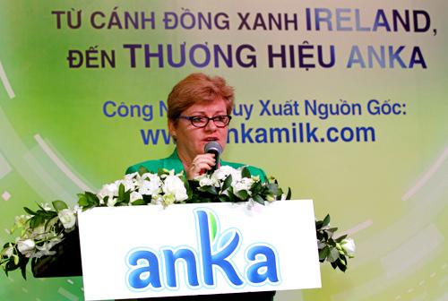 IMG 9191 JPG 4087 1440039770 Sữa bột có thể truy xuất nguồn gốc lần đầu xuất hiện ở Việt Nam nhahanghanoi.vn