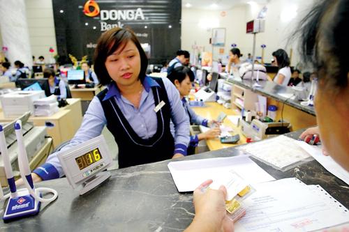 Ngan-hang-Dong-A-4785-14395482-2857-7671